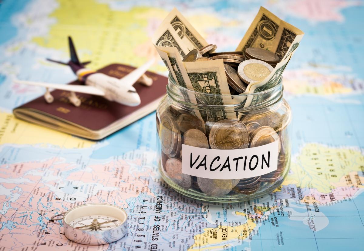 Cum să economisești bani pentru călătorii - 5 metode testate